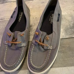 Sperry Slip on boat shoe